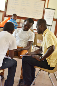 Participants were split into small groups, according to their teaching discipline, to prepare their final mini-lesson.